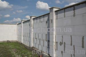 капитальный забор из газобетона