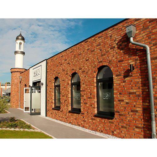 Дом облицован фасадным немецкий облицовочный кирпич ручной формовки Toscanagelb Premium, NF в компании БудКерамика Харьков