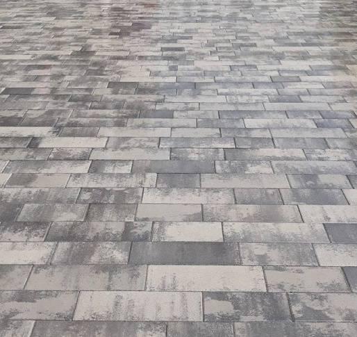 будкерамика харьков тротуарная брусчатка фотография реального объекта из брусчатки палуба роксайд